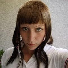 skingirl with blue eyes